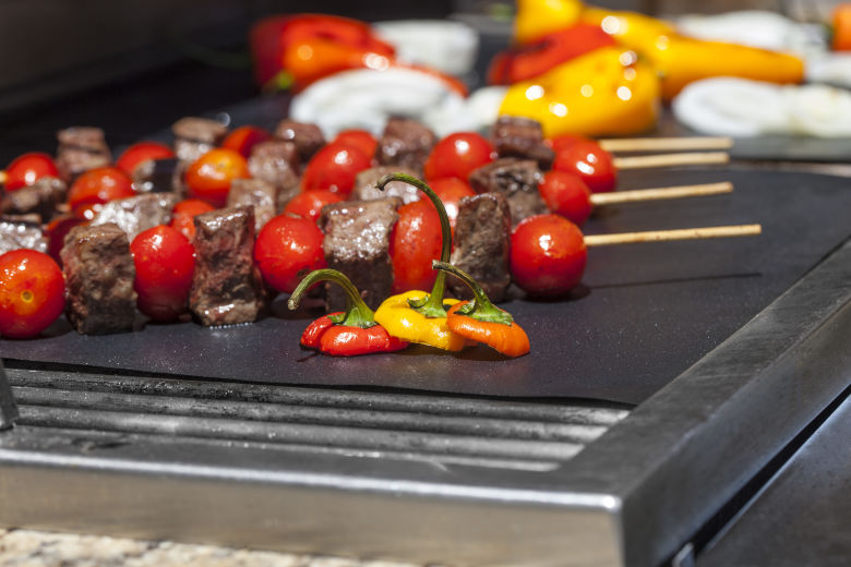 7 Best Grill Mats For Standard Round And All Types Of Bbqs