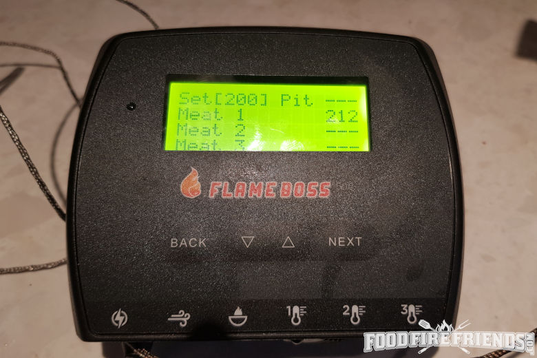 Flame boss 500 showing 212F with a probe in boiling water
