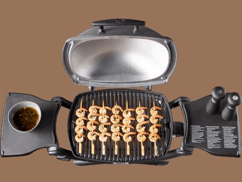 https://www.foodfirefriends.com/wp-content/uploads/2019/11/Weber-Q2200-grilling-kebobs.png