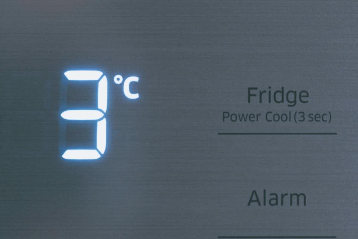 Fridge temperature digital display